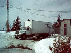 g/truck04.jpg (396168 bytes)