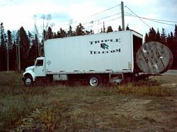 g/truck05.jpg (295607 bytes)